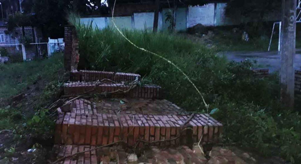 Colapsa Muro Francisco Viotá